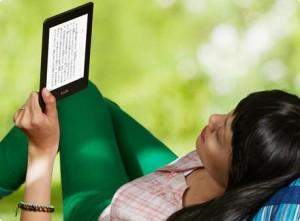 Kindleを複数人で共有することは可能か?機能としては可能!ユーザ変更をしても、コンテンツはそのまま読めます。